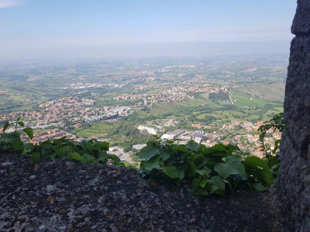 Aussicht vom Monte Titano auf San Marino